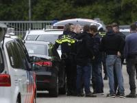 20170105 Man aangehouden weiland naast A16 moerdijkbrug Dordrecht Tstolk 005