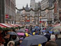 20171512-Regenachtige-start-kerstmarkt-Dordrecht-Tstolk