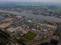 Luchtfoto's Dupont Chemours Dordrecht