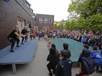 Aerobics op het schoolplein Vest Dordrecht