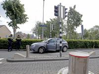 11052020-Auto-op-Leerpark-poller-Dordrecht-Tstolk