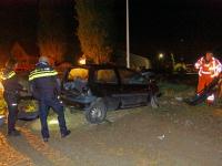 20172604 Auto raakt van weg in Heerjansdam Lindeweg Tstolk