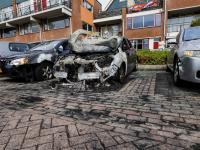 Auto uitgebrand aan de Stellingmolen Papendrecht