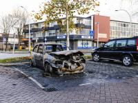 Auto uitgebrand Karel Doormanlaan Zwijndrecht