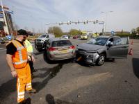 Auto's total loss bij ongeluk Rondweg N3