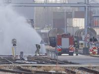 Azijnzuur lekkage Dupont Baanhoekweg Dordrecht