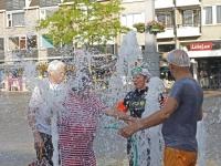 20172006 Tweede editie Badderen in de Binnenstad Dordrecht Tstolk 003