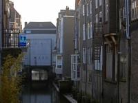 20172403 Balkon hangt op half zeven Dordrecht Tstolk