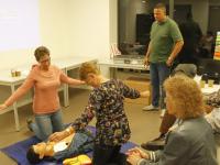 20171210-AED-training-voor-bewoners-Nieuw-Land-van-Valk-Dordrecht-Tstolk-002