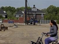 20172205 Eerste palen geslagen Dordrecht Tstolk