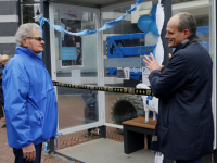 Drechthoppper bankje geopend Bagijnhof Dordrecht