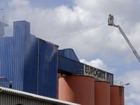 mogelijk asbest in vrijgekomen stofwolk na calamiteit Eurogrit Kilkade Dordrecht