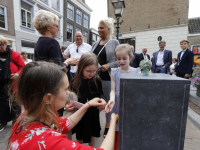 plechtigheid en onthulling corona herinneringsmonument Stadhuisplein Dordrecht