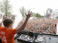 20142604 Duizenden mensen bij Dancetour Spuiboulevard Dordrecht Tstolk 005_resize