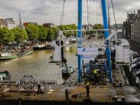 Dordrecht zwaait schroevendok uit Wolwevershaven Dordrecht