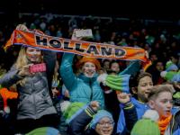2200 kinderen genieten van het EK Shorttrack sportboulevard Dordrecht