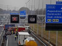 Eén gewonde bij ongeval A15 Papendrecht