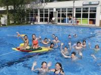 20170605 Kinderen genieten in zwembad De Dubbel Dordrecht Tstolk
