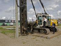 20172508 Eerste paal geslagen nieuw bedrijfsverzamelgebouw De Diamant Kil III Dordrecht Tstolk
