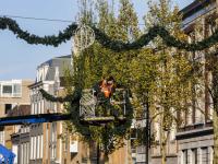 09112020-Feestverlichting-opgehangen-centrum-Dordrecht-Tstolk