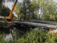 Fietsbrug Oranje Wit bijna klaar voor gebruik Sportpark Stadspolders Dordrecht