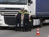 20172905 Fietser overleden bij ongeluk met vrachtwagen Van Konijnenburgweg Bergen op Zoom Tstolk 004