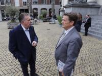 Petitie \'Árpád Weiszpad in Park Weizigt\' stadhuis Dordrecht