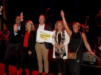 High Five Foundation wint vrijwilligersprijs 2017 Dordrecht