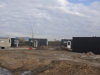 Laatste werkzaamheden 5 Skaeve Huse op de Veerplaat Dordrecht