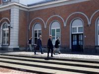 Lokale regenbui voor reclamespot Station Dordrecht