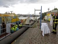 20161910 Man breekt been bij val op schip Dordrecht Tstolk