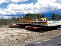 Inrijden van nieuw wegdek viaduct A16