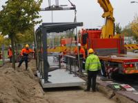 Nieuwe bushokjes voor Qbuzz geplaatst bij Leerpark Dordrecht