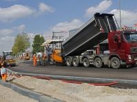20171005 Nieuwe laag asfalt op Merwedestraat Dordrecht Tstolk 002
