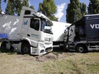Ongeval met vrachtwagens op Provincialeweg Dordrecht