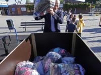 kick off scholenwedstrijd textielinzameling het Kristal Dordrecht