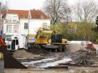 Grondwerkzaamheden voor parkeerterrein Vrieseplein in volle gang Dordrecht