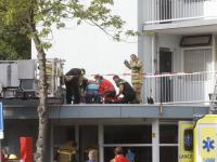 Persoon ernstig gewond bij val op dak flatentree