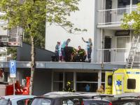 13092021-Persoon-ernstig-gewond-bij-val-op-dak-flatentree-Keplerweg-Dordrecht-Tstolk