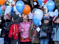20121002-koningin-opent-project-op-johan-frisoschool-tstolk-002_resize