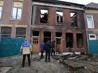 Politie en brandonderzoek na grote brand Dordrecht