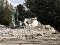 Laatste deel voormalig oud Refaja ziekenhuis plat gegooid Dordrecht