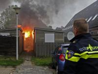 Schuurtje verwoest door korte uitslaande brand Zwijndrecht