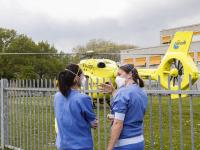 10052021-Coronapatient-overgebracht-per-helikopter-naar-Ziekenhuis-in-Hoorn-Dordrecht-Tstolk-013