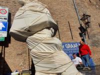 Standbeeld Willem van Oranje arriveert in Dordrecht