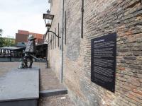 Standbeeld Willem van Oranje is compleet