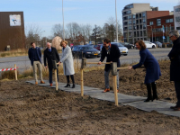 Eerste paal nieuwe fabrieksloods Duurzaamheidsfabriek leerpark Dordrecht