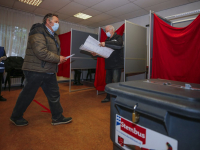 Tweede Kamerverkiezingen stembureaus Verrezen Christuskerk Nolensweg Dordrecht