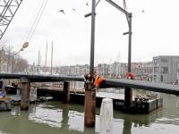 Tijdelijke Engelenburgerbrug bijna klaar voor gebruik