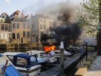 Explosies op plezierjacht Wijnhaven Dordrecht